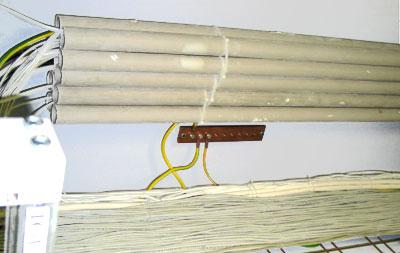 прокладка кабелей в трубах в производственных помещениях